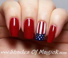 American Flag/4th of July Nail Art https://www.facebook.com/shorthaircutstyles/posts/1759819147641858