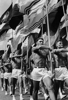 Lev Borodulin, Parade, Moscow, 1956. Courtesy of   Lumiere Brothers Center for Photography, Moscow.