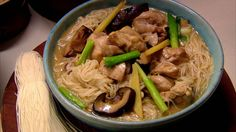 Rainy day weather food! =Taiwanese ginger and sesame chicken soup