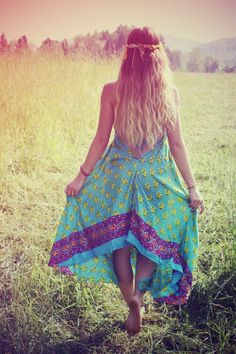 Sweet boho chic hippie dress. FOLLOW https://www.pinterest.com/happygolicky/the-best-boho-chic-fashion-bohemian-jewelry-gypsy-/ for the BEST Bohemian fashion trends now.