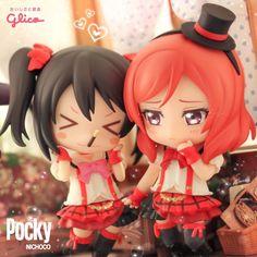 Maki, let's play the pocky game! ♥ #ポッキーの日