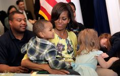 Michelle Obama Photo - Michelle Obama Visits With Military Families At Walter Reed's Fisher House