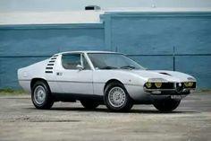 Automobilhersteller:  Alfa Romeo  Ausführung:  Montreal Bertone  Jahr:  1970-1977  Kunst:  Coupe