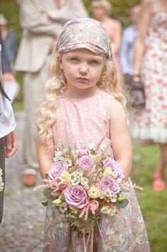 12 Cutest Boho Flower Girl Inspirations
