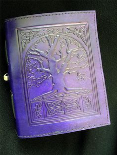 Celte arbre de vie à la main en cuir violet Journal Journal Notebook - Pages de papier cartouche - Freepost UK