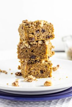 Cinnamon Raisin Butternut Squash Squares makes a great snack and it's healthy too! Vegan and gluten free.