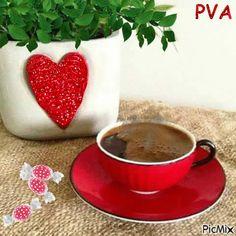 Coffee Heart, I Love Coffee, My Coffee, Coffee Drinks, Coffee Gif, Coffee Aroma, Coffee Break, Chocolates, Coffee Cookies