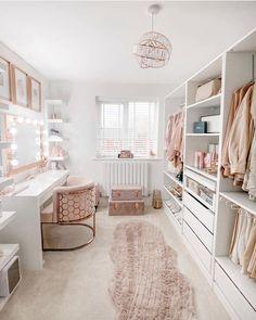 Decor Interior Design, Interior Decorating, Decorating Ideas, Decor Ideas, Devine Design, Pink Room, Beauty Room, Home Office Decor, New Room