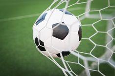 Futebol Sub-35 tem início neste domingo (19) - A Secretaria Municipal de Esportes e Promoção da Qualidade de Vida dá início neste domingo (19) a mais uma competição do futebol amador de Botucatu. Trata-se do Sub-35, que reunirá 13 equipes, divididas em quatro grupos.  Nesta primeira rodada haverá quatro confrontos. No campo da ADPM tem - http://acontecebotucatu.com.br/esportes/futebol-sub-35-tem-inicio-neste-domingo-19/