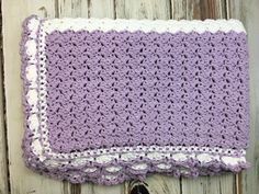 This week's and video tutorial is the Lilac Meadows Baby Blanket! Uses Feels Like Butta - one of my favorite yarns for baby makes! I've been on a blanket making kick lately. Do you binge crochet the same type of item or mix it up? Stitch Patterns, Knitting Patterns, Crochet Patterns, Free Knitting, Afghan Patterns, Easy Crochet, Free Crochet, Crochet Daisy, Crochet Baby Blanket Free Pattern