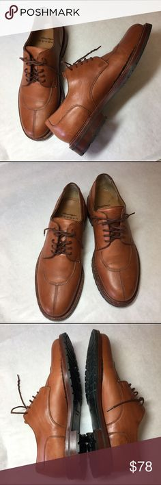 Santoni Nuvola Shoes Men's Size 8  NWOT Beautiful and unique. These Italian made lace up oxfords are of smooth brown leather with a split toe and lug sole.  Super comfortable!  Great with a suit or jeans. Perfect addition to any wardrobe. Men's size 8. Preowned in excellent condition. Santoni Nuvola Shoes Oxfords & Derbys