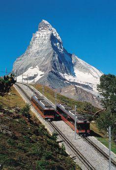 ~Matterhorn mit Gornergrat Bahn Quelle: Swiss Travel System~ #switzerland #swissrail