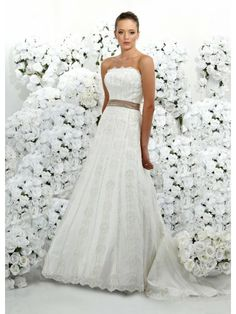 Tulle Strapless Overlay Lace Bodice A-line Wedding Dress