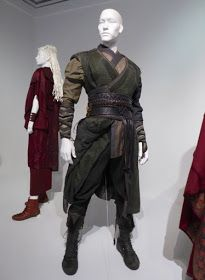 Doctor Strange movie costumes on display. Movie Costumes, Cosplay Costumes, Doctor Stranger Movie, Fantasy Costumes, Medieval Clothing, Character Outfits, Character Design Inspiration, Hurley, Larp