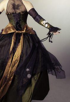 More steampunk dress