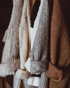 Sweater Wetter Sweater weather Source by for fall Autumn Inspiration, Mode Inspiration, Autumn Ideas, Look Fashion, Winter Fashion, Hijab Fashion, Men Fashion, Fashion Tips, Fashion Trends