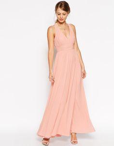 Imagen 1 de Vestido largo con cuello en V y espalda retorcida de ASOS WEDDING