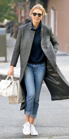 These Stylish Stars Show Us How to Wear Boyfriend Jeans the Right Way - Karlie Kloss - from InStyle.com