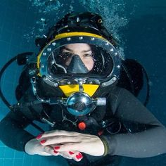 Diving Suit, Scuba Diving, Scuba Girl, Mask Girl, Womens Wetsuit, Hard Hats, Full Face Mask, Snorkeling, Under The Sea