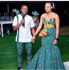 Couples African Outfits, Best African Dresses, African Attire For Men, African Fashion Dresses, South African Traditional Dresses, Traditional Wedding Dresses, Most Beautiful Dresses, Nice Dresses, African Print Fashion