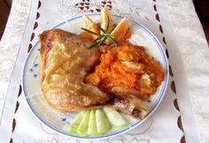 Sült csirkecombok sütőtök ágyon