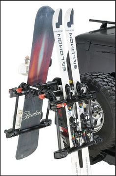 YAKIMA HitchSki Rack | Jeep Parts and Accessories | Quadratec