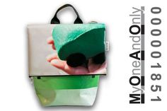 All Day bag made from reused banners. Eco Friendly Bags, Day Bag, Bag Making, Banners, Sunglasses Case, Accessories, Design, Banner