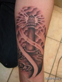 I really want a lighthouse tattoo. Forearm Tattoos, Body Art Tattoos, Cool Tattoos, Tatoos, Awesome Tattoos, Delicate Tattoo, Future Tattoos, Skin Art, Traditional Tattoo