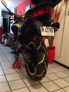 Locura de neumáticos