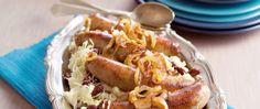 Zuurkoolstamppot met rode bonen en saucijsjes product foto