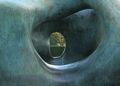 Moore at Kew (by Barbara Rich)
