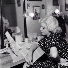 Jean gets ready.