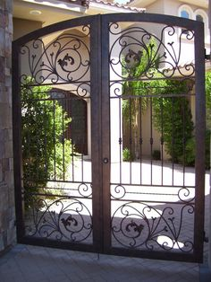 Wrought Iron Courtyard Gates | Decorative Iron Works | Wrought Iron Fence | 702-387-8688 | Henderson, North Las Vegas, Summerlin, Boulder City, Pahrump, Mesquite, Logandale