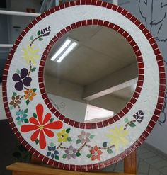 Mirror Mosaic, Mosaic Glass, Mosaic Tiles, Stained Glass, Mosaic Art Projects, Mosaic Crafts, My Glass, Tile Art, Art For Kids