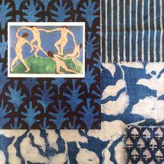 When Matisse, @papermills @studiofournyc and @waltergtextiles get together A pretty delightful sea of blues! #indigo #wallpaper #textiles #blockprinted #Matisse #blues #colourscheme #interiordesign #inspiration #waltergtextiles