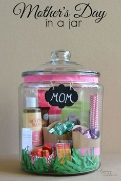 Creative DIY Mothers Day Gifts Ideas - Mother's Day Gift In A Jar - Thoughtful Homemade Gifts for Mom. Handmade Ideas from Daughter, Son, Kids, Teens or Baby - Unique, Easy, Cheap Do It Yourself Crafts To Make for Mothers Day, complete with tutorials and instructions http://diyjoy.com/diy-mothers-day-gift-ideas