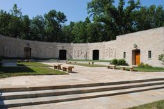 Learn about the lives of Abraham Lincoln and his family at Lincoln Boyhood National Memorial