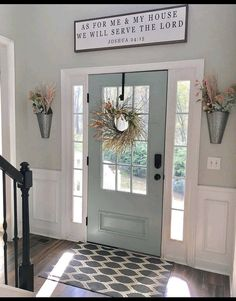 Farmhouse Design Ideas,Awesome Farmhouse Decor Ideas How gorgeous is this entryway and this beautiful blue front door? 😍💙 What's your favorite part of this room? 👀 TAG a fri. Farmhouse Homes, Farmhouse Design, Farmhouse Decor, Farmhouse Front Doors, Farmhouse Style, Home Living Room, Living Room Decor, Decor Room, Küchen Design