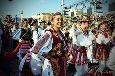 Danse traditionnelle roumaine au Carnaval de Nice