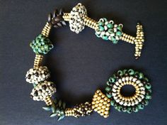 Beaded bead woven bracelet - stitch variations seed