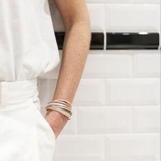 Bracelet - multiliens, le plus iconique de nos bijoux en cuir !