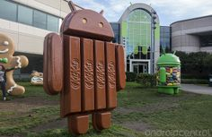 Android 4.4 KitKat update hitting Droid Ultra, MAXX and Mini
