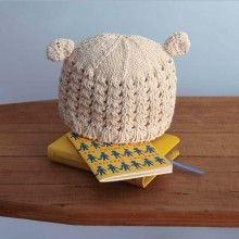 This organic Pom Hat is ideal for a sensitive little head. And I love the way it looks too