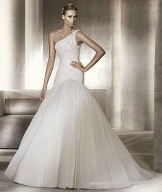 Organza Asymmetrical Gathered Bodice Ball Gown Wedding Dress