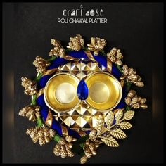 Thali Decoration Ideas, Diy Diwali Decorations, Indian Wedding Decorations, Handmade Decorations, Flower Decorations, Diwali Diya, Diwali Craft, Candle Holder Decor, Tealight Candle Holders