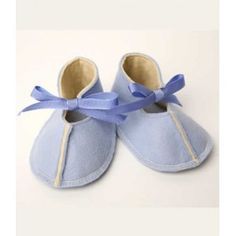 Adorable baby felt shoes that don't come off Felt Shoes, Baby Shoes, Cute Babies, Baby Kids, Cozy, My Style, Clothes, Fashion, Shoes