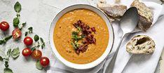 Täyteläinen tomaattikeitto Veggie Recipes, Soup Recipes, Vegetarian Recipes, Cooking Recipes, Healthy Recipes, Recipies, I Love Food, Good Food, Yummy Food