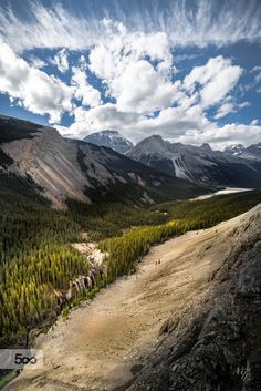 Icefields Parkway - by Michael Lim