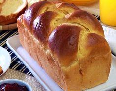 O Pão Tipo Brioche é muito saboroso, fofinho e fácil de fazer. Ele combina muito com a sua manteiga ou margarina preferida e todos vão adorar. Experimente!