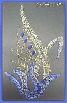 Romanian Lace, Bobbin Lacemaking, Bobbin Lace Patterns, Textile Fiber Art, Lace Heart, Lace Jewelry, Weaving Art, Needle Lace, Lace Making